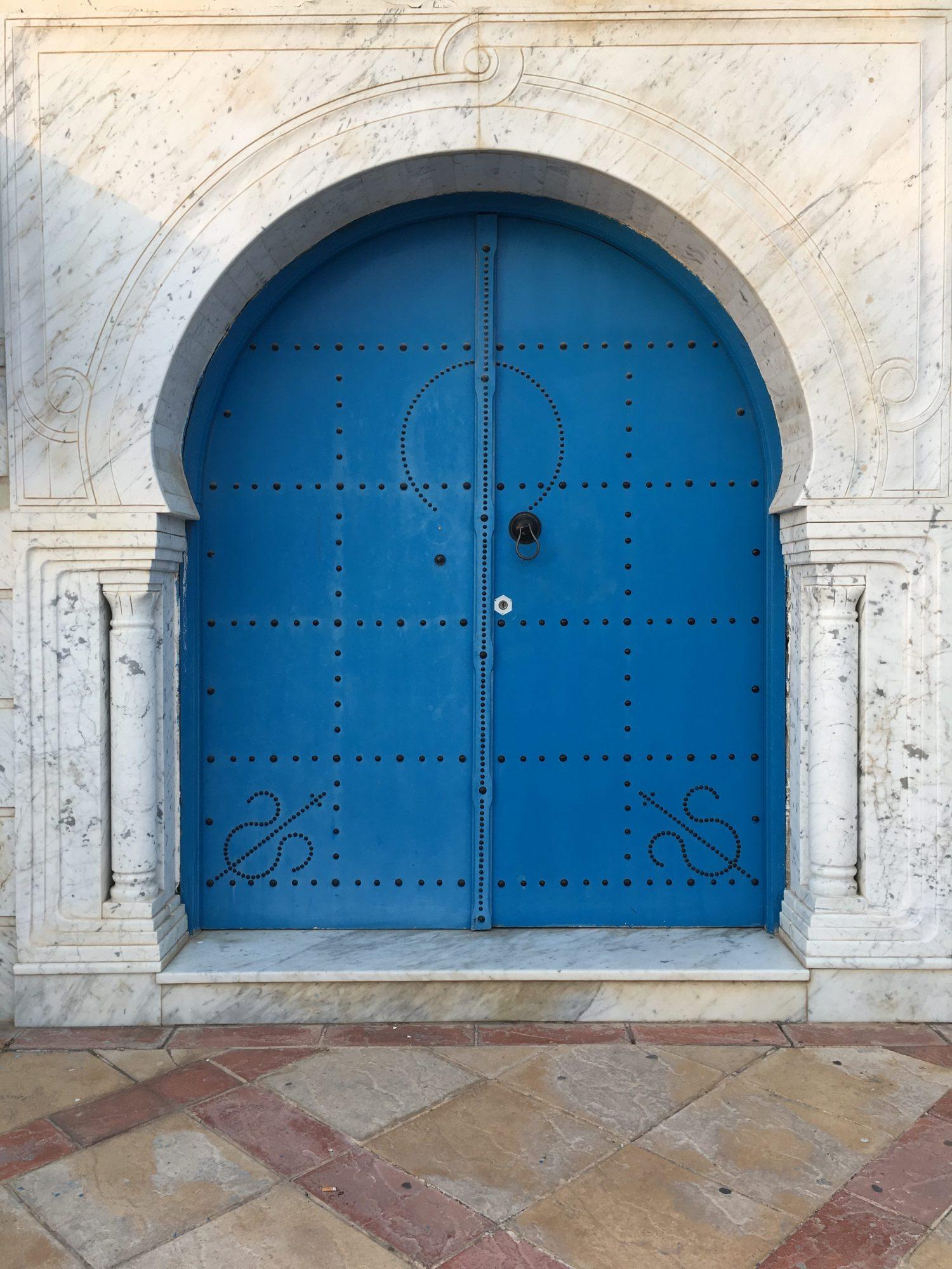Tür in Tunesien © Larissa Bender